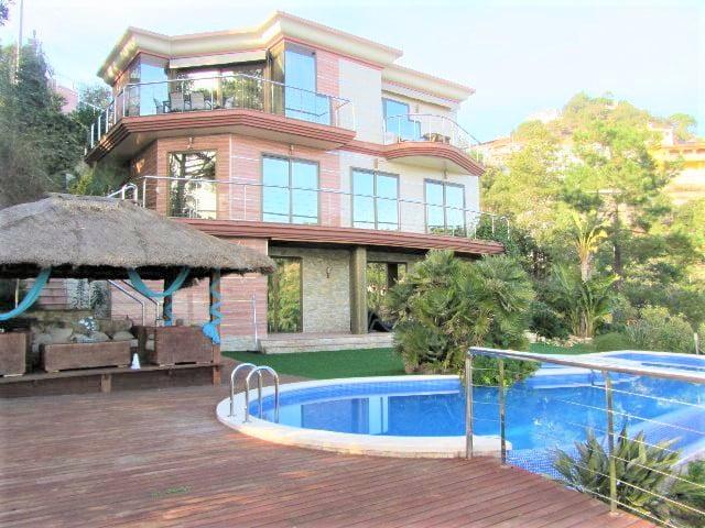 Casa con vistas al mar.