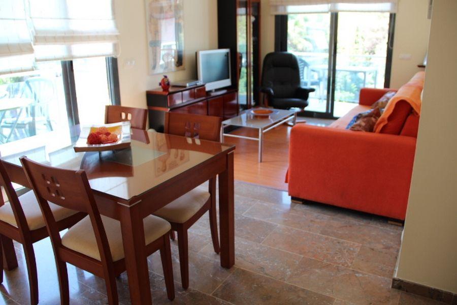 Apartamento con gran terraza.