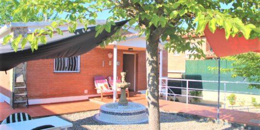 Casa soleada cerca de la playa.